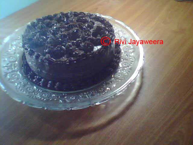 Chocolate Cake with creamy Chocolate frosting 2